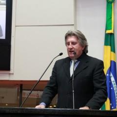 Pavan cobra reitoria da UFSC posição sobre adesão ao ENEM