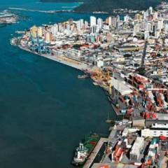 Audiência pública discute fechamento da unidade da Petrobras em Itajaí